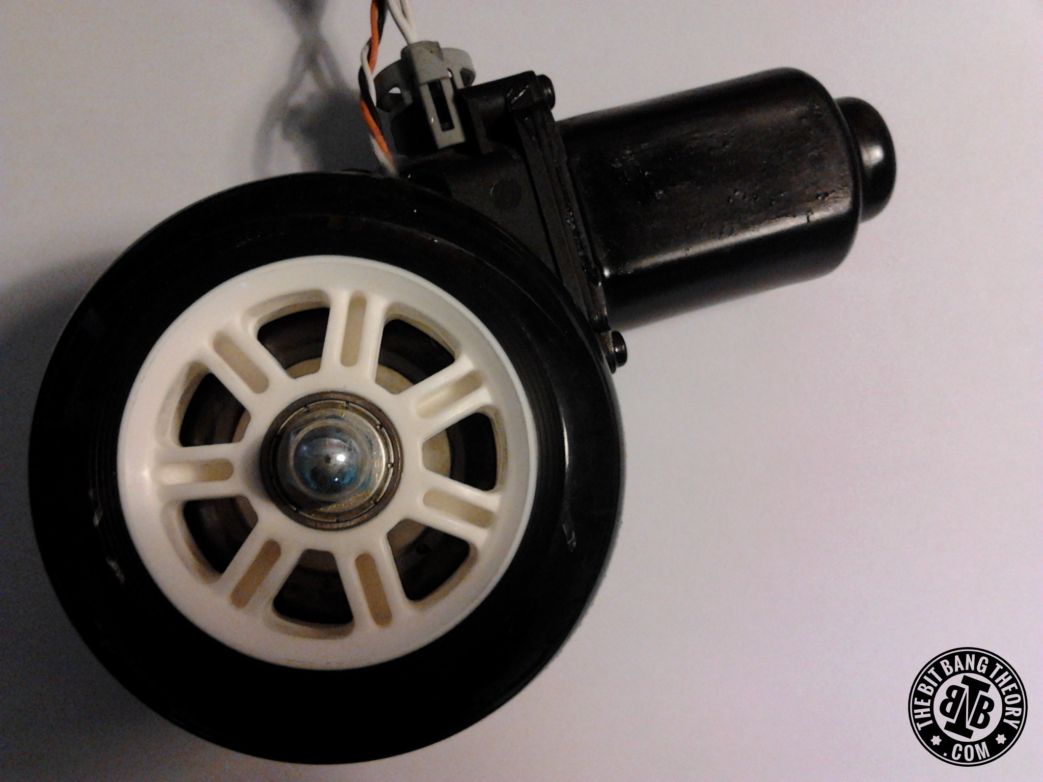 Picture of High Torque Encoded DC Motors for Robots From Car Window Motors