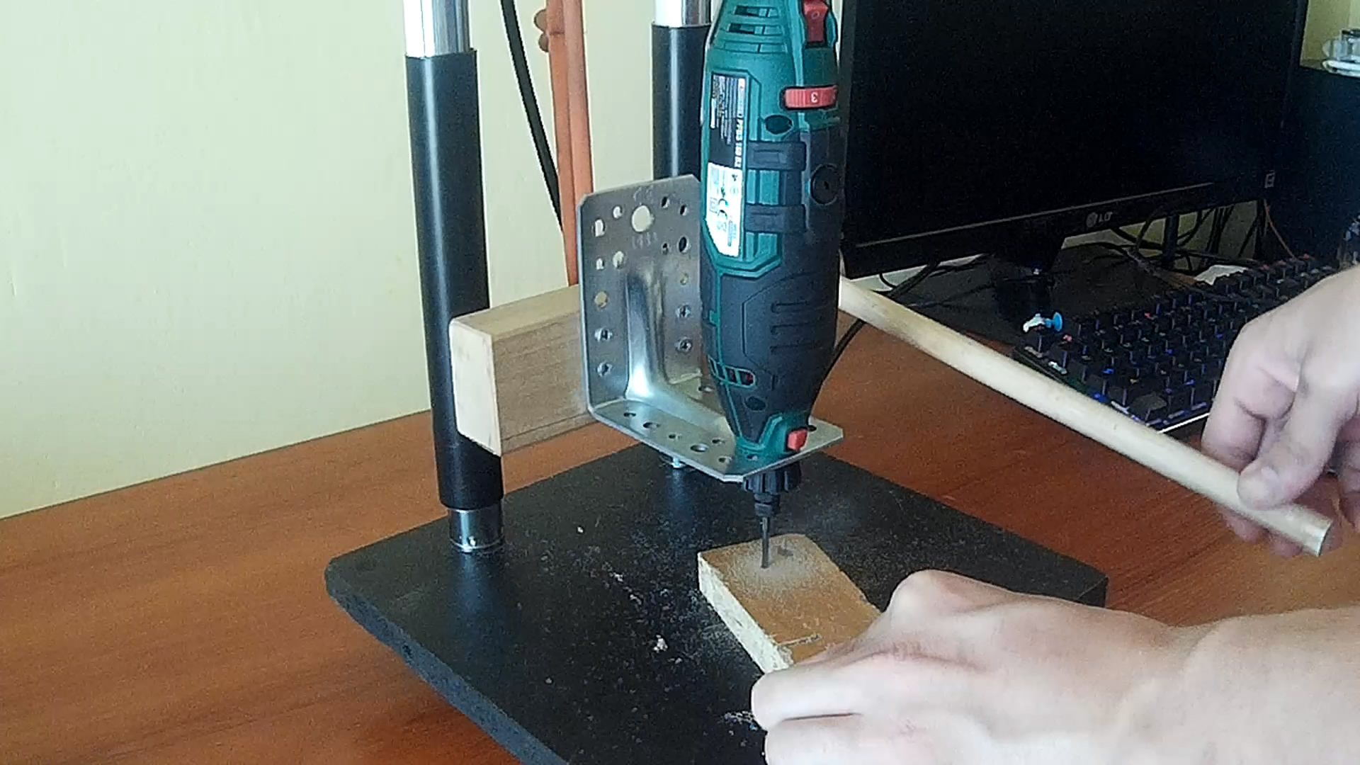 Picture of How to Make Mini Drill Press