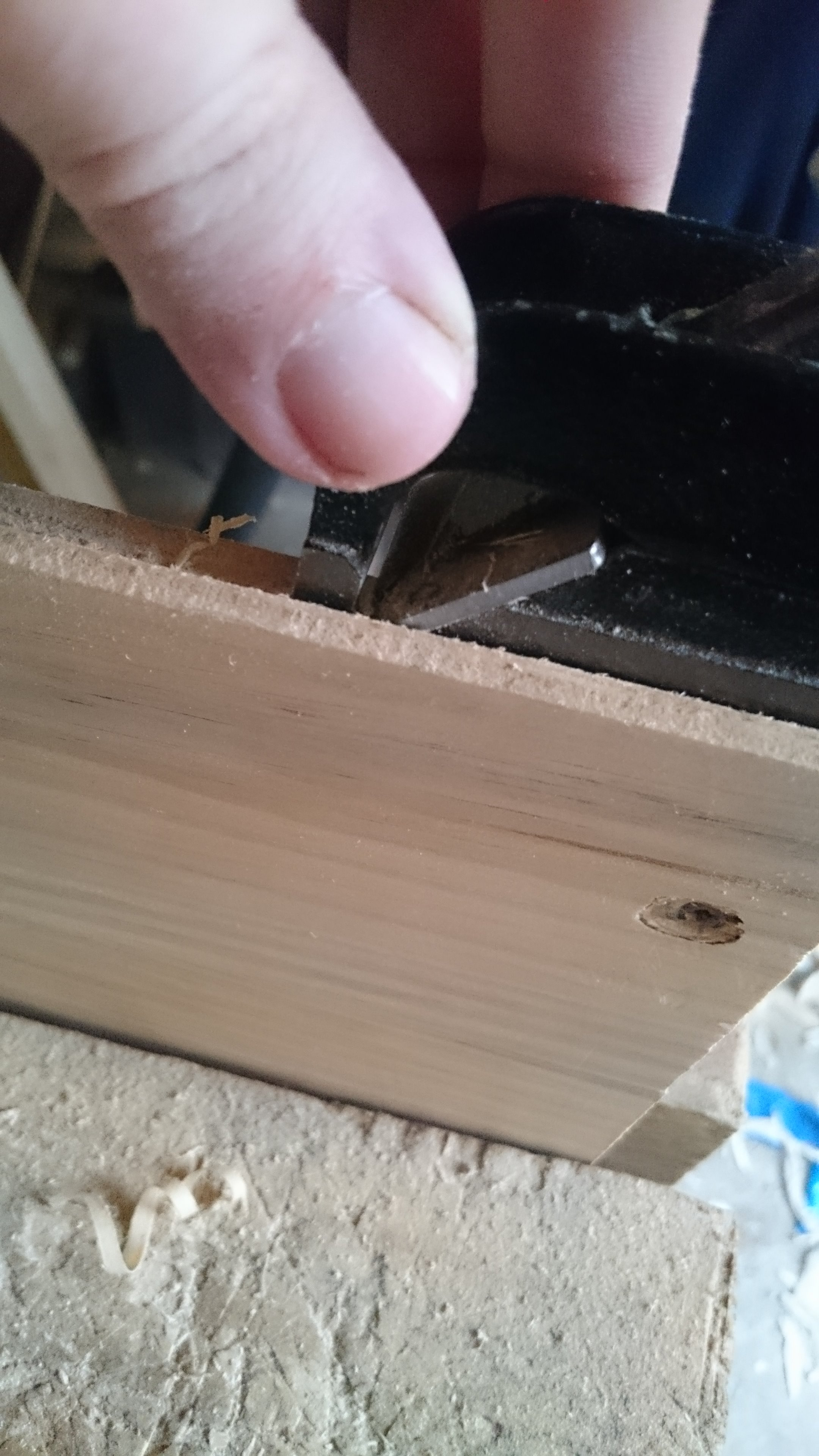 Picture of Cutting the Rebate on the Bottom Board