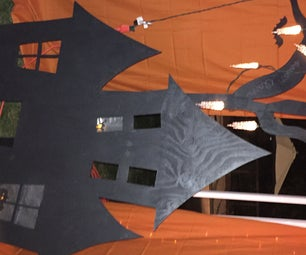 "Lighted Haunted House Decoration ""Portable"""
