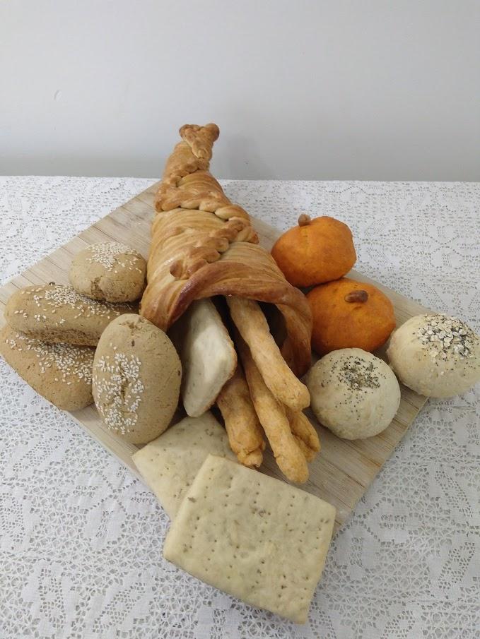 Picture of Thanksgiving (Vegan) Bread Platter in Cornucopia