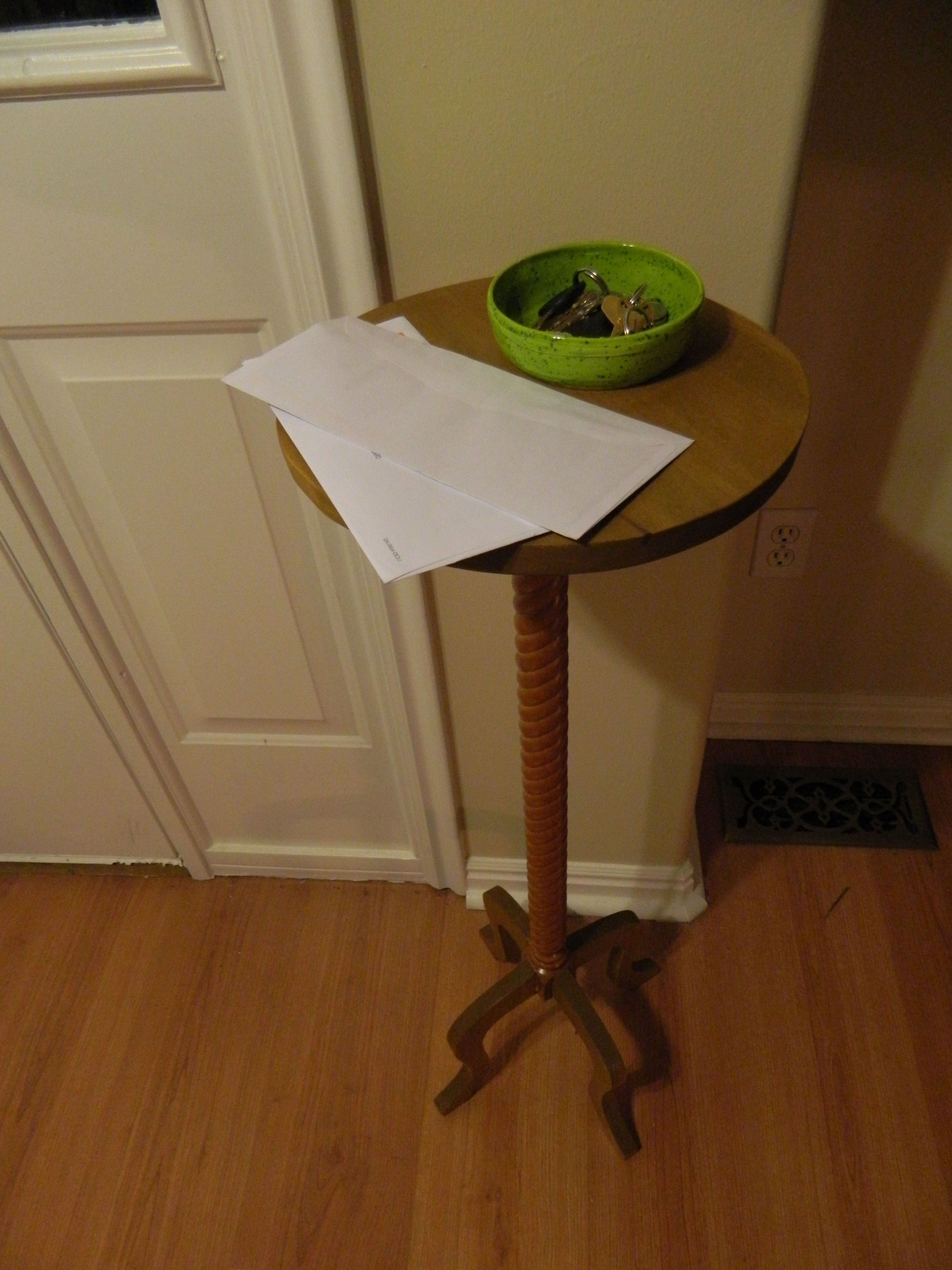Picture of Candle Stand Style Entryway Table