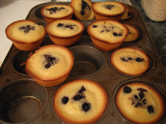 Picture of Mochiko Cake With Your Favorite Berries