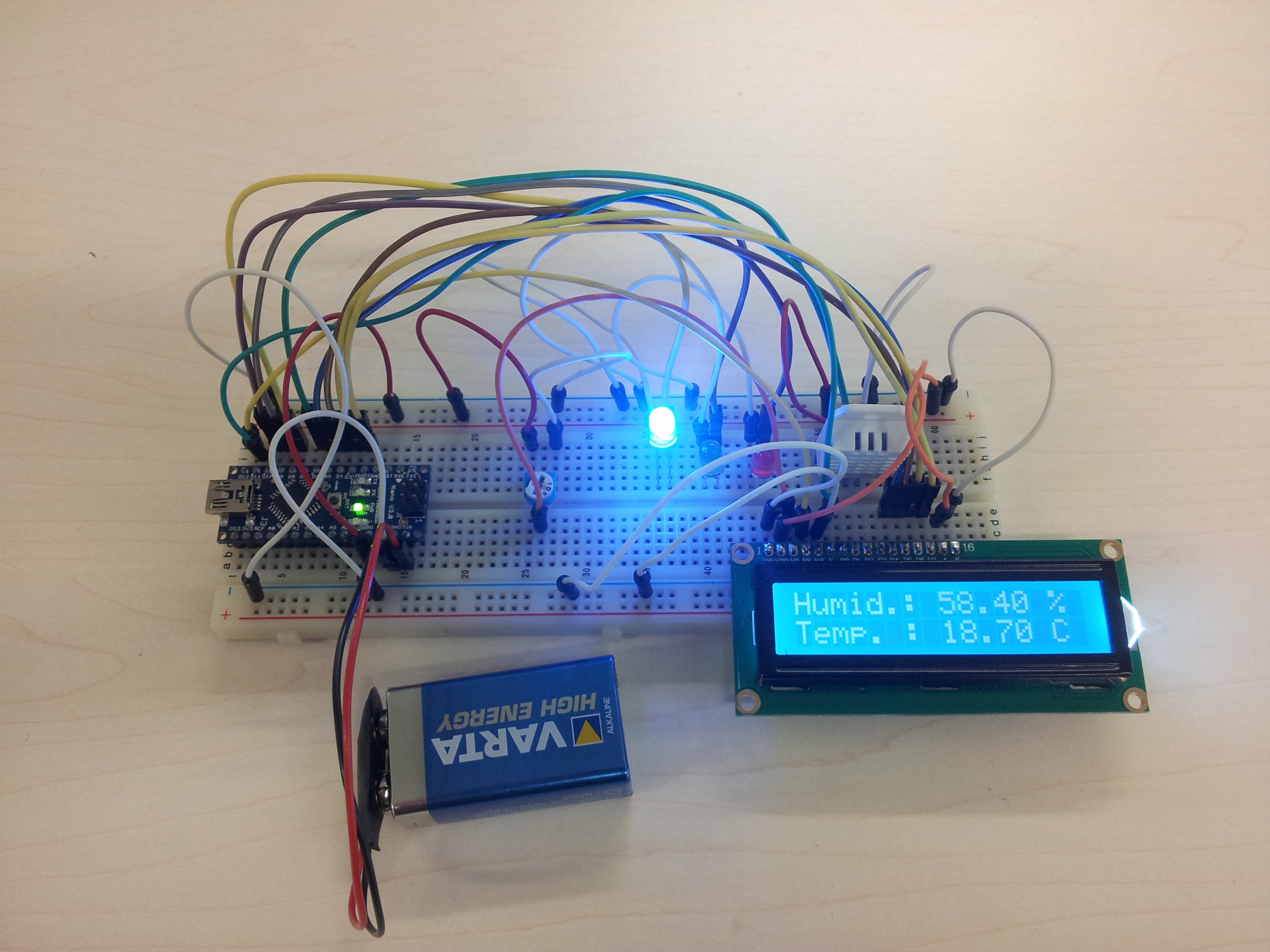 Picture of Temperature and Humidity Sensor With LCD and Arduino