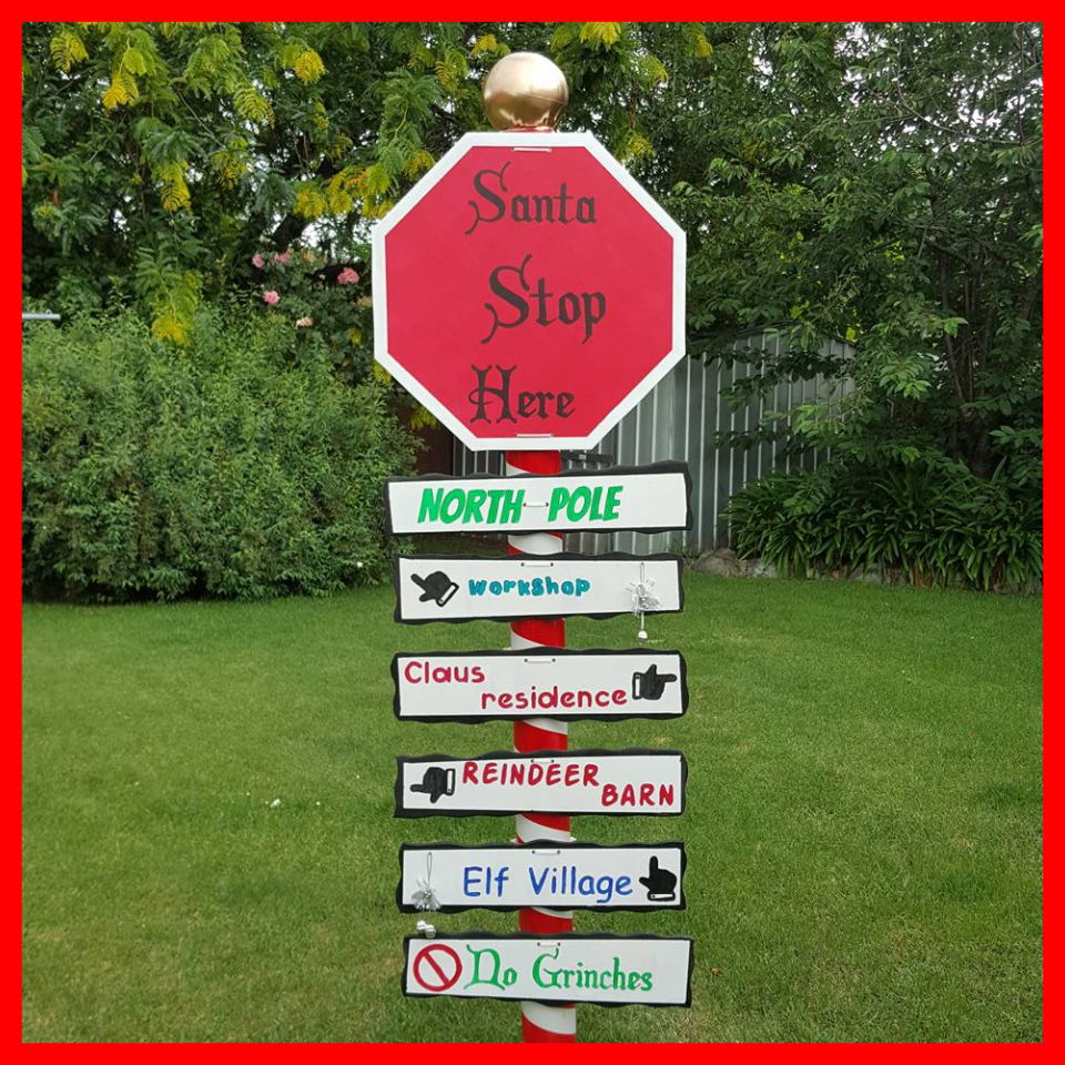 Picture of How to Make a Santa Stop Here Sign