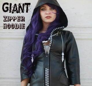 Easy Giant Zipper Hoodie