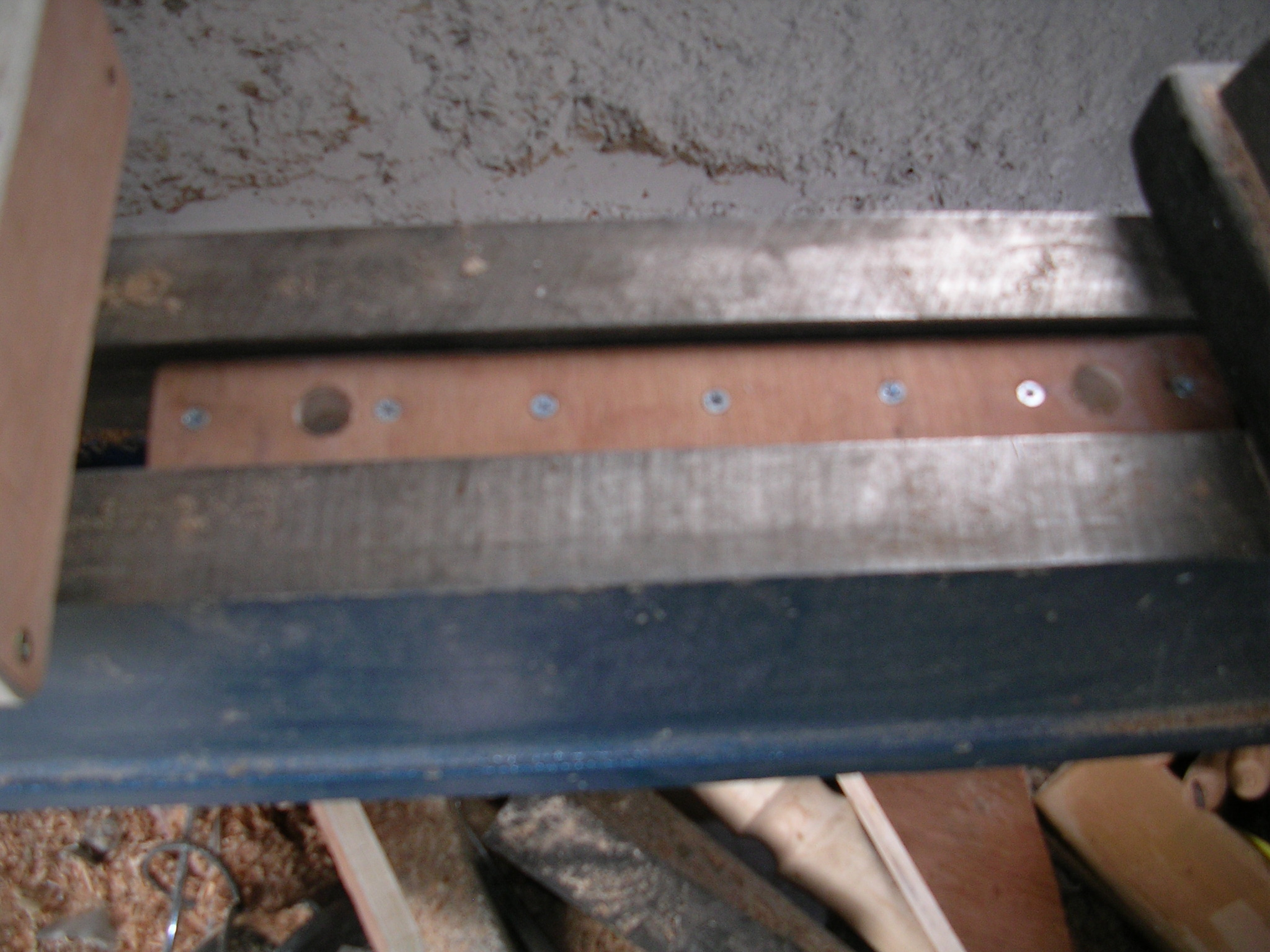 Picture of Attaching the Vice to the Lathe Bed.