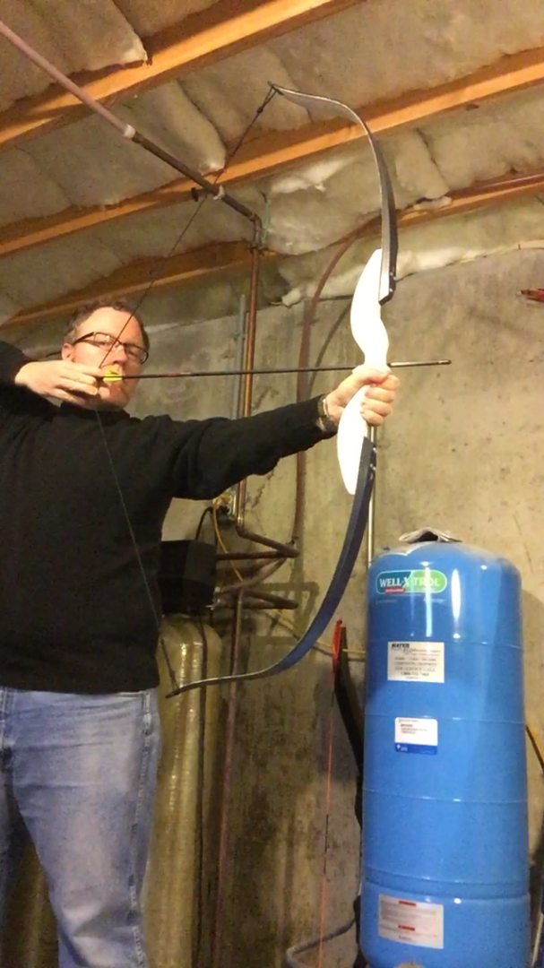 Picture of Modern Recurve Bow From Skis!