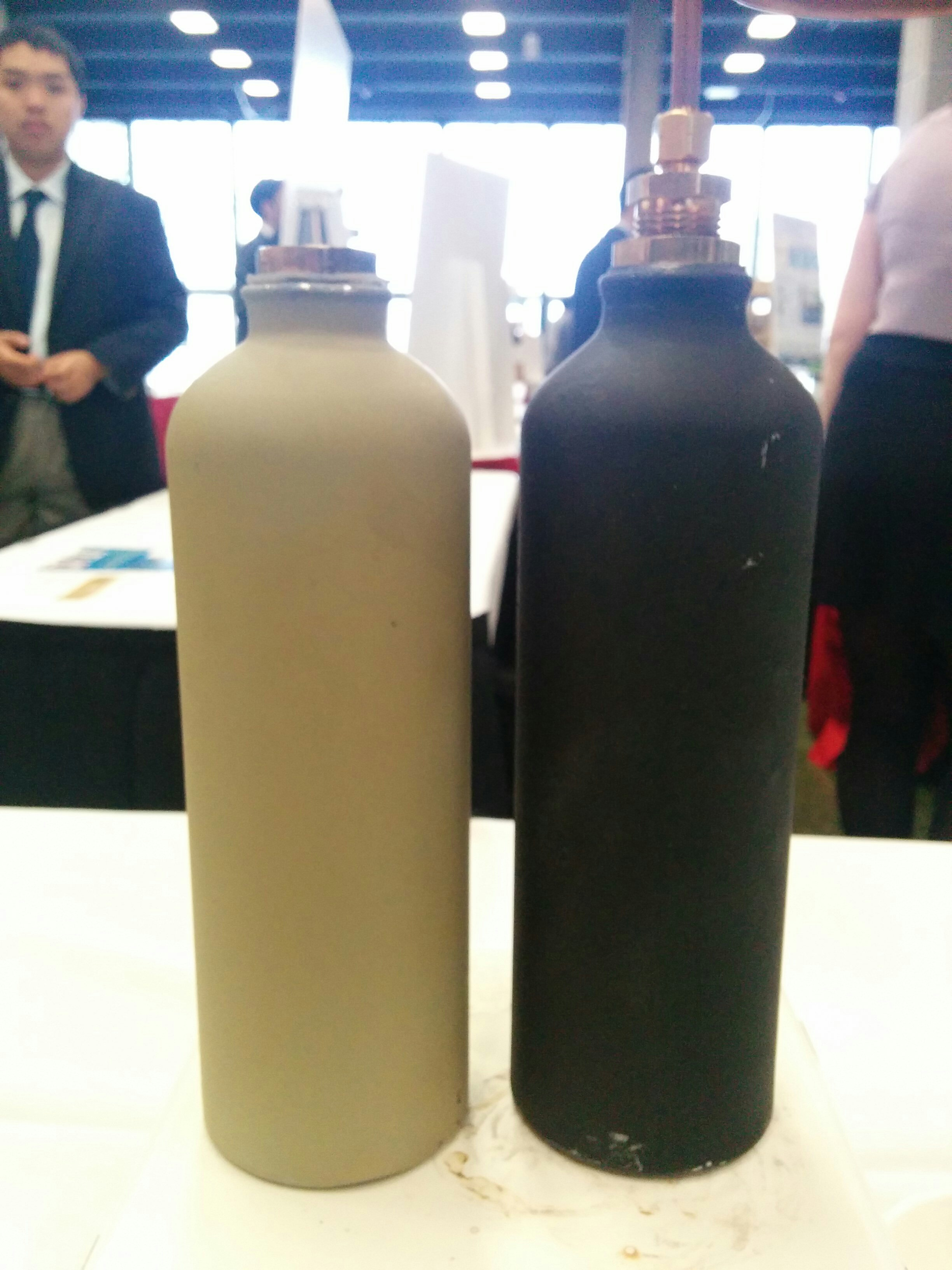 Picture of Dos Botellas (Obtain Two Bottles)