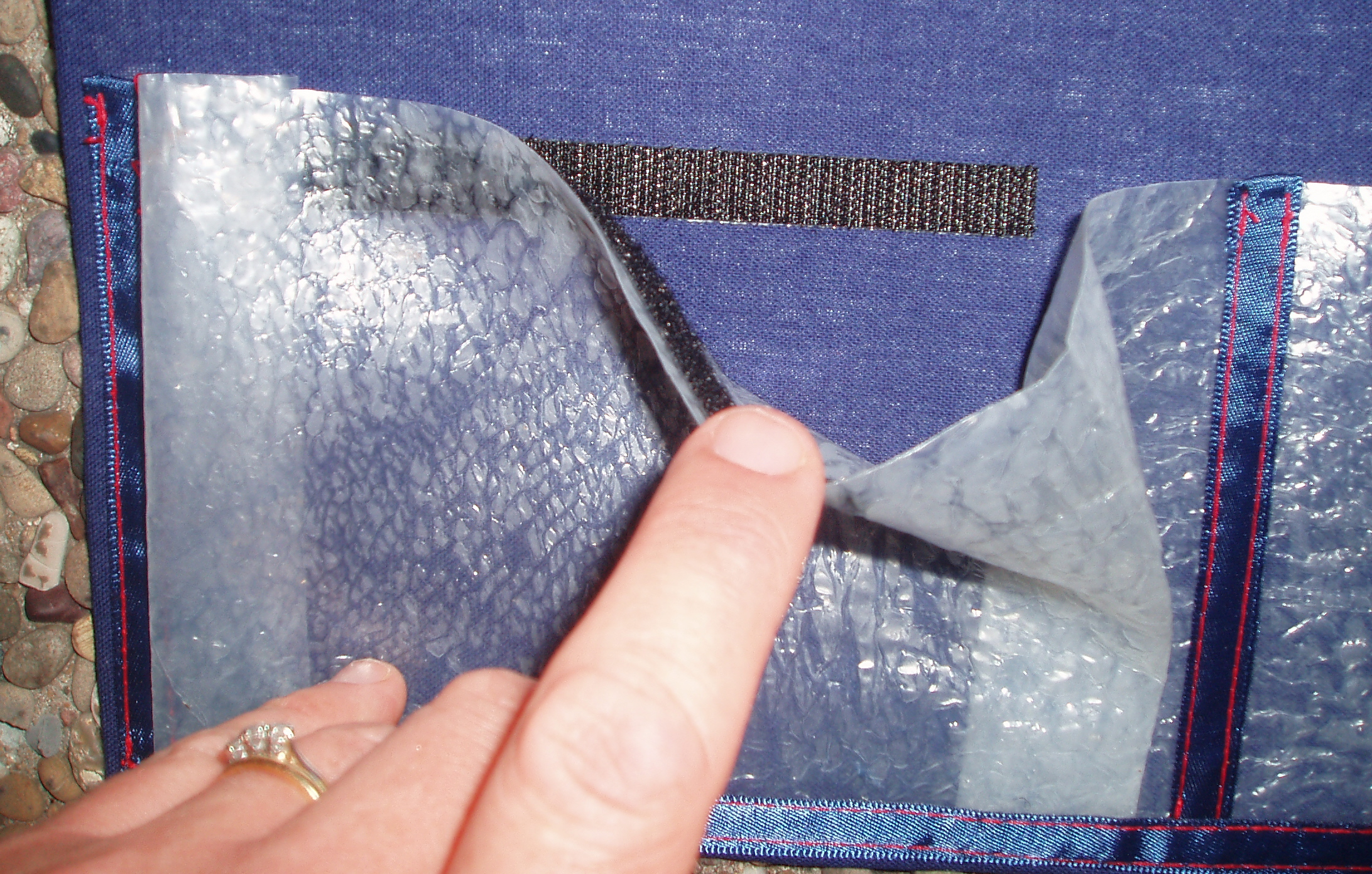 Picture of Create a Plastic Pocket.