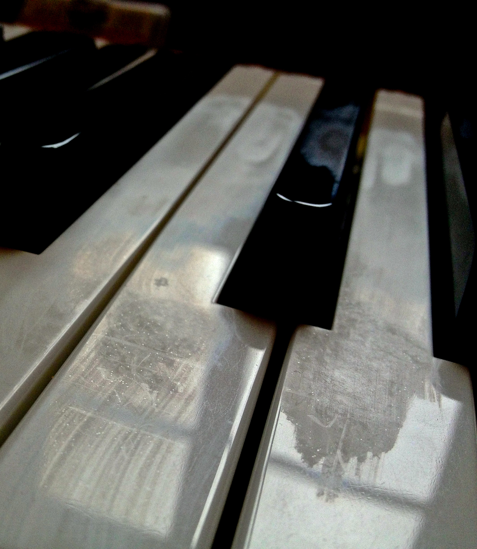 Picture of Refurbish an E-Piano: Fix and Polish Broken Keys