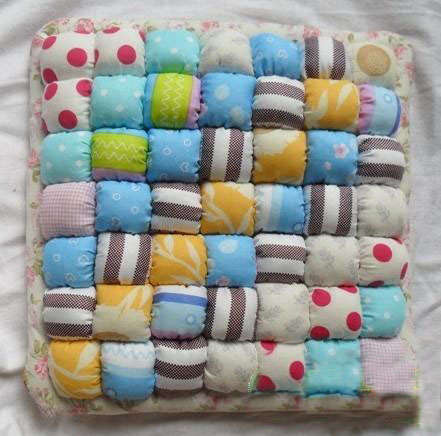 Picture of Made a Puff Cushion Without a Sewing Machine
