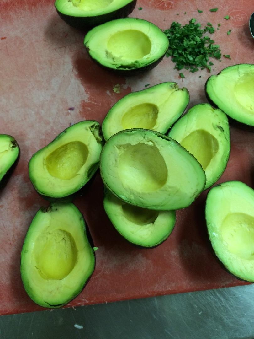 Picture of Peeling the Avocado