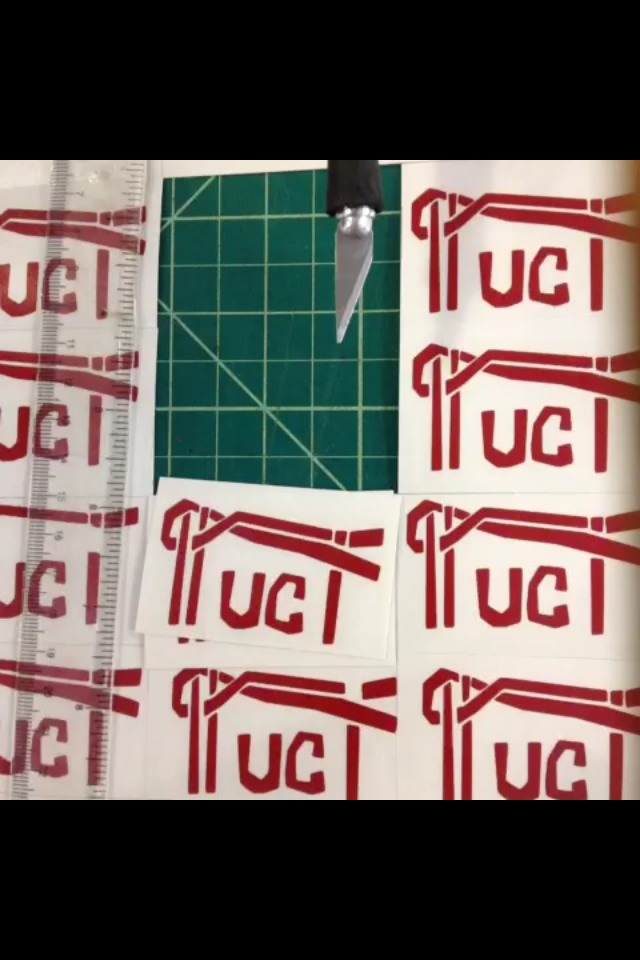 Picture of Cut Decals With a Ruler : PUCI Decals Example