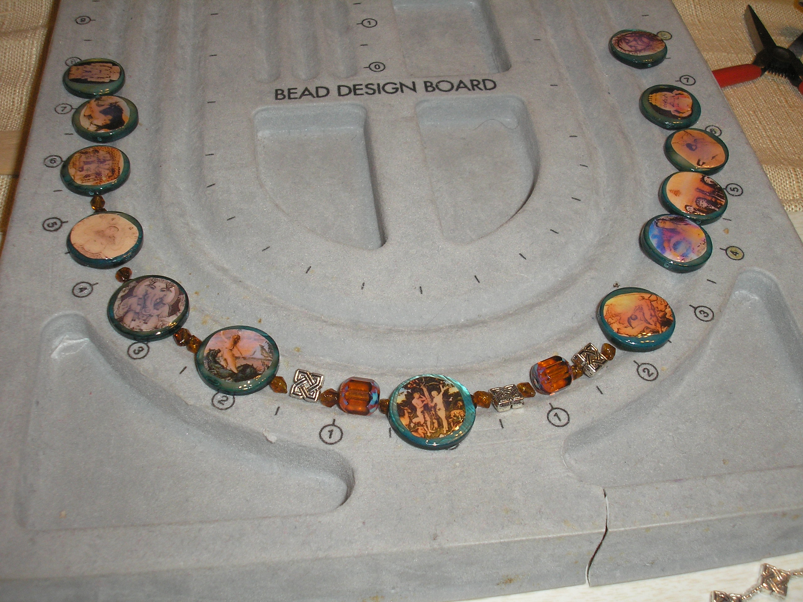 Picture of Make a Humanities Project; High Gloss Beaded Necklace and Bracelet