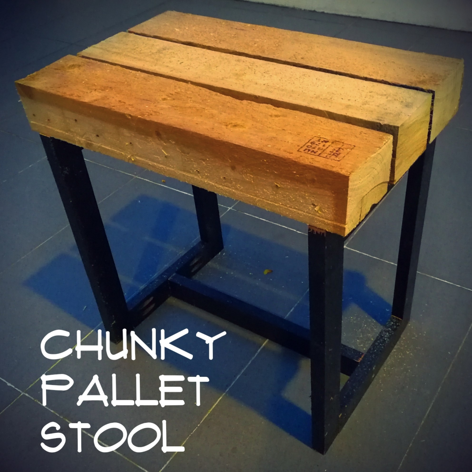 Picture of Chunky Pallet Bench Seat
