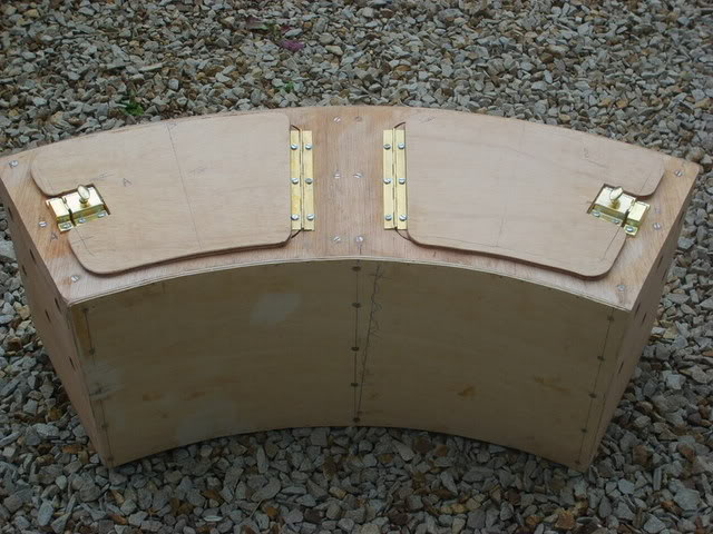 Picture of Curved Transport Box for Small Animals
