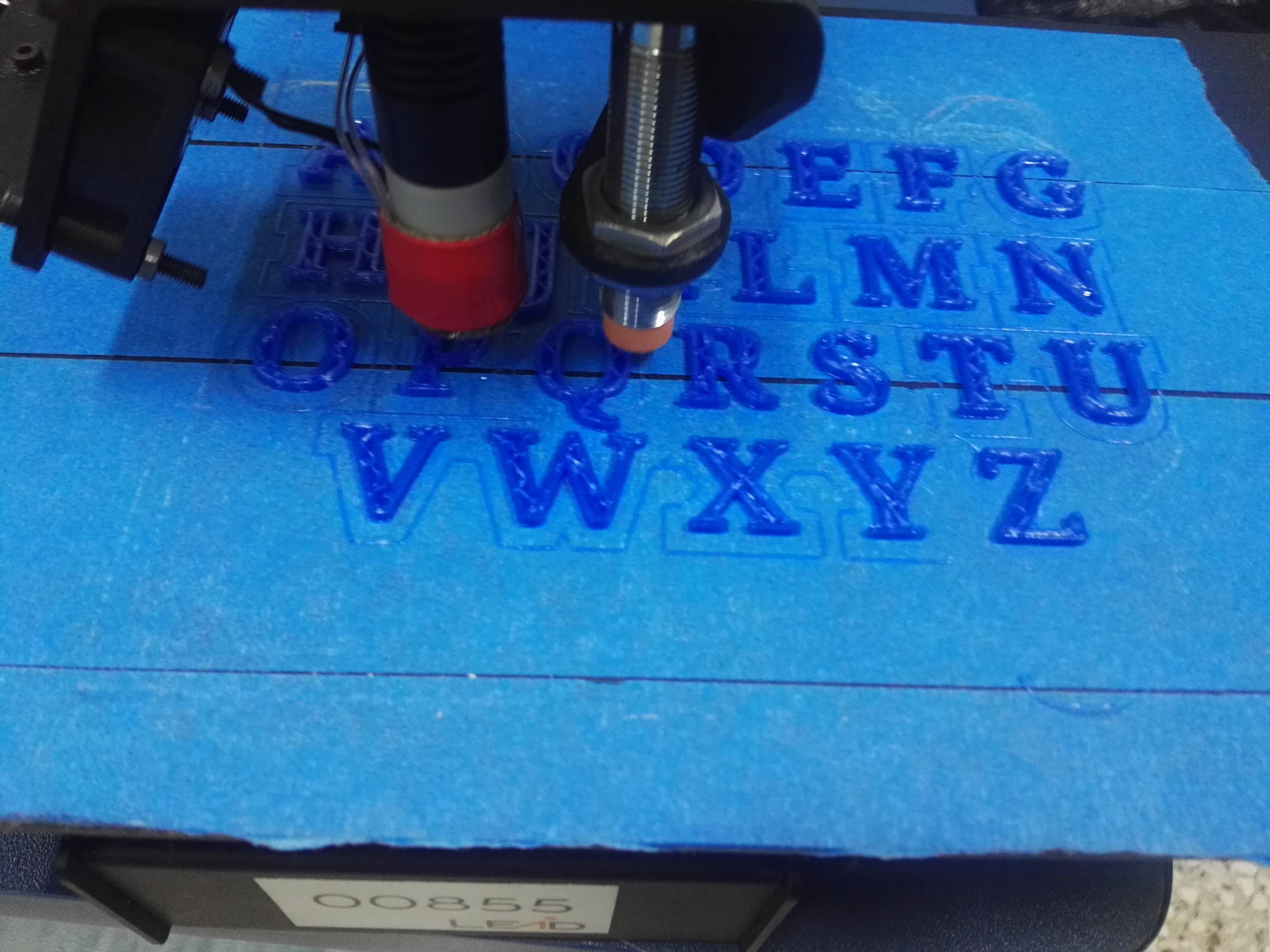 Picture of Proceso De Impresión De Letras Del Abecedario En 3D