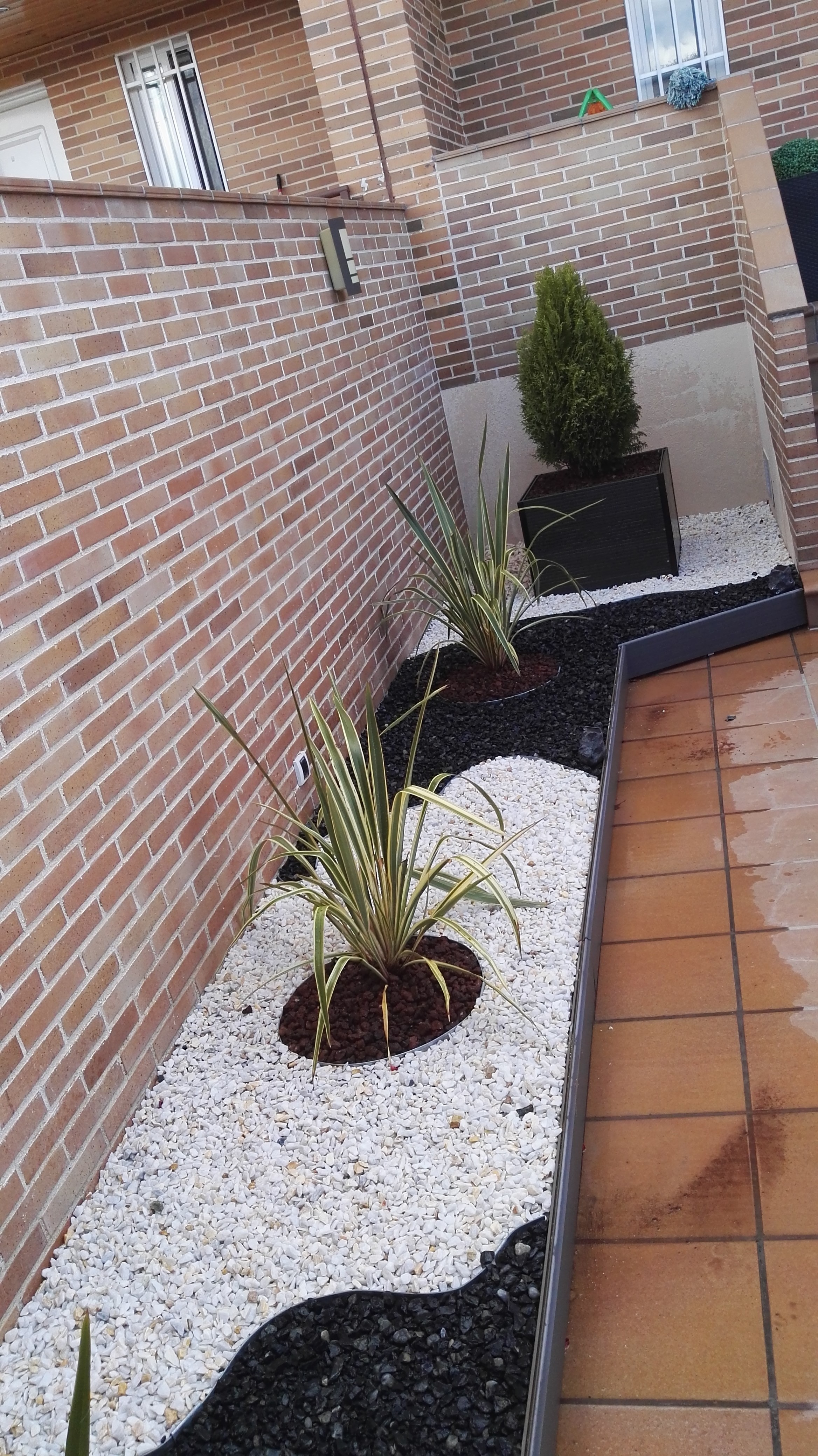 Picture of Decorate the Garden With the Gravel