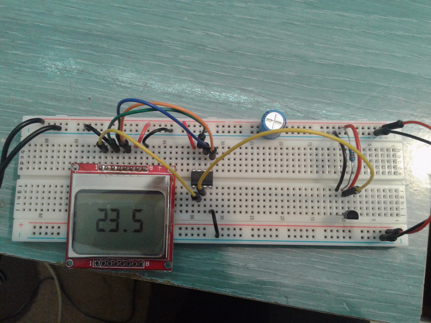 Picture of Attiny85 5110LCD DS18B20 Thermometer