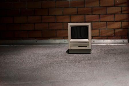 IPad Mini Inside of a Macintosh SE Retro Old Classic