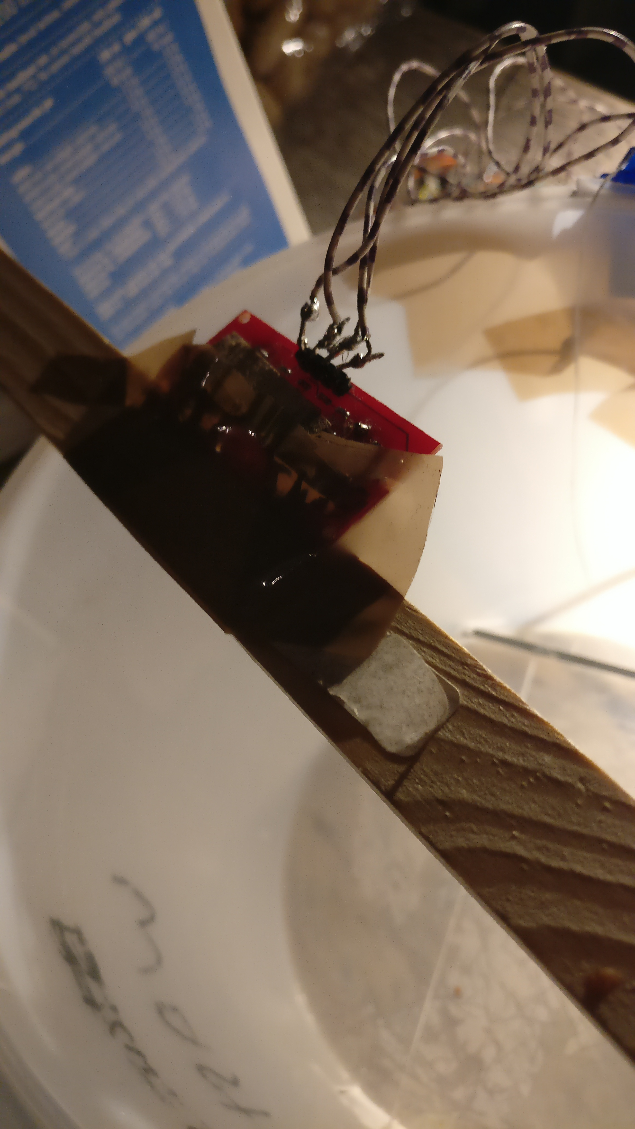 Picture of Placing the Ultrasone Sensor