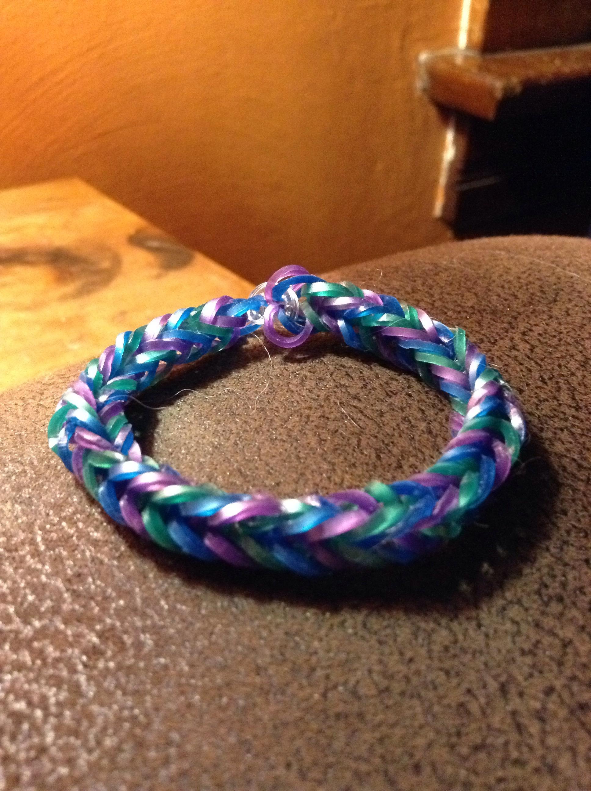 Picture of Rainbow Loom Fishtail Bracelet
