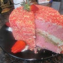 Strawberry Shortcake Cheesecake Cake