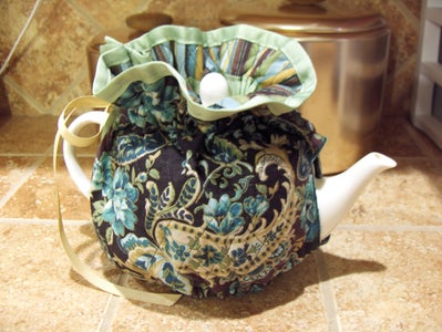 Step 10: Fitting Your Cosy to Your Tea Pot