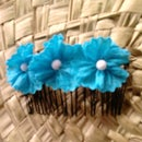 Blue flowers hair comb