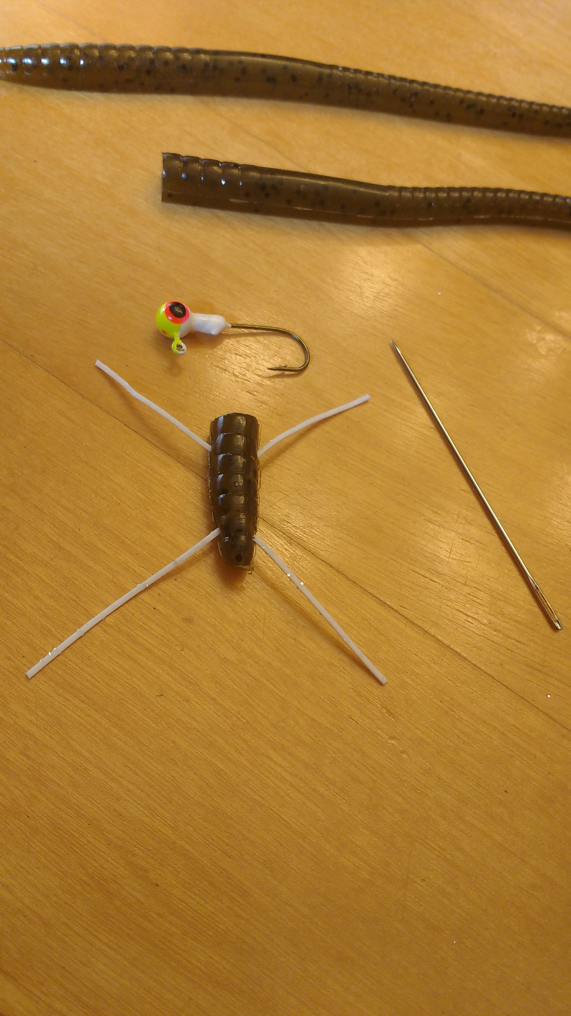 Picture of Making the Lure's Legs