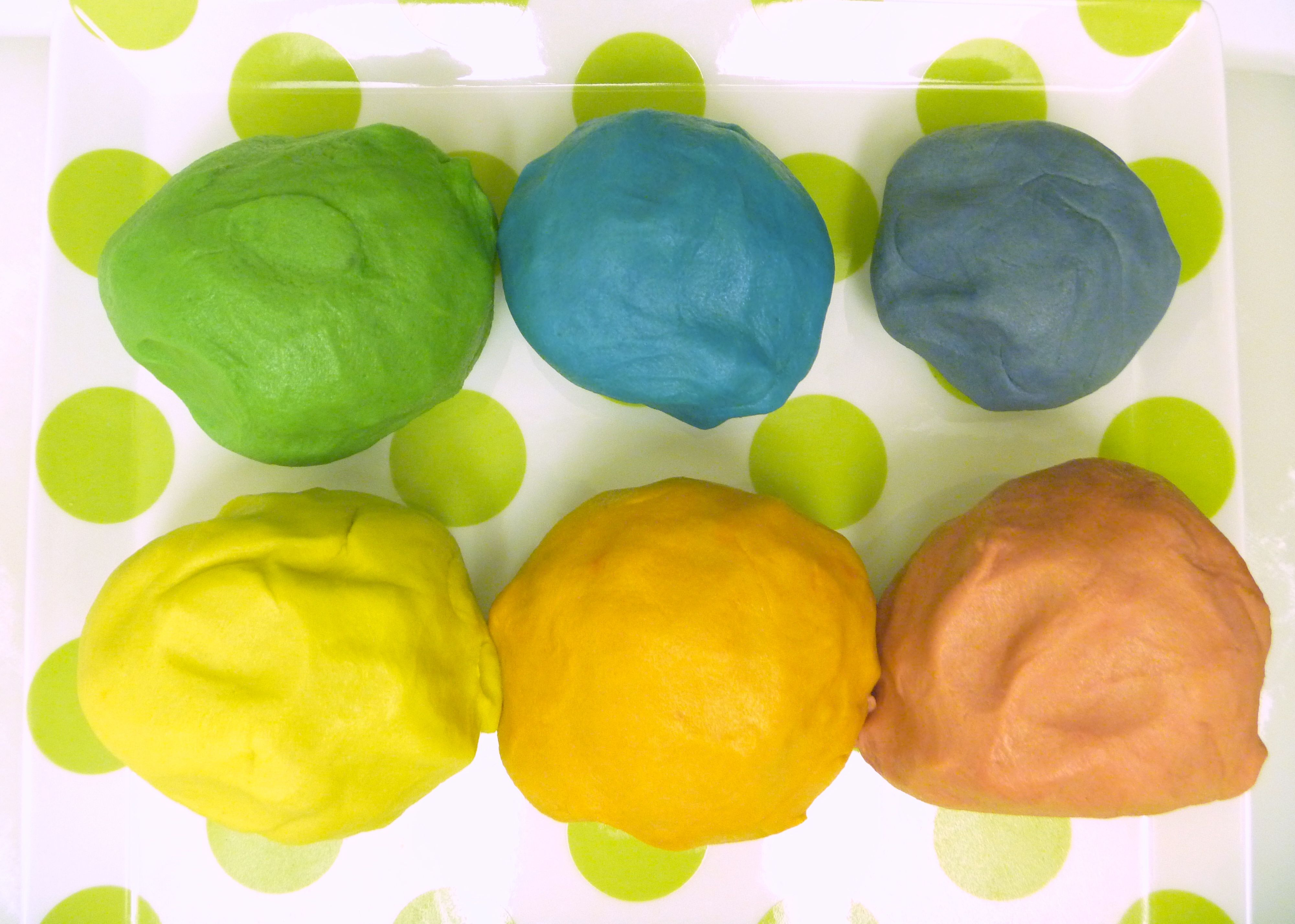 Picture of Separate & Color Dough