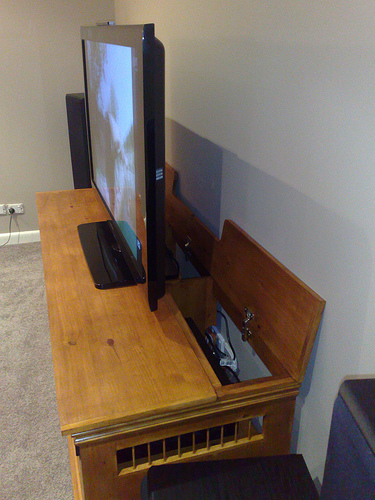 Picture of How to Build an Entertainment Unit