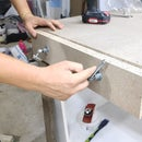 The World's Most Useless Vise - DIY Particleboard Moxon Vise
