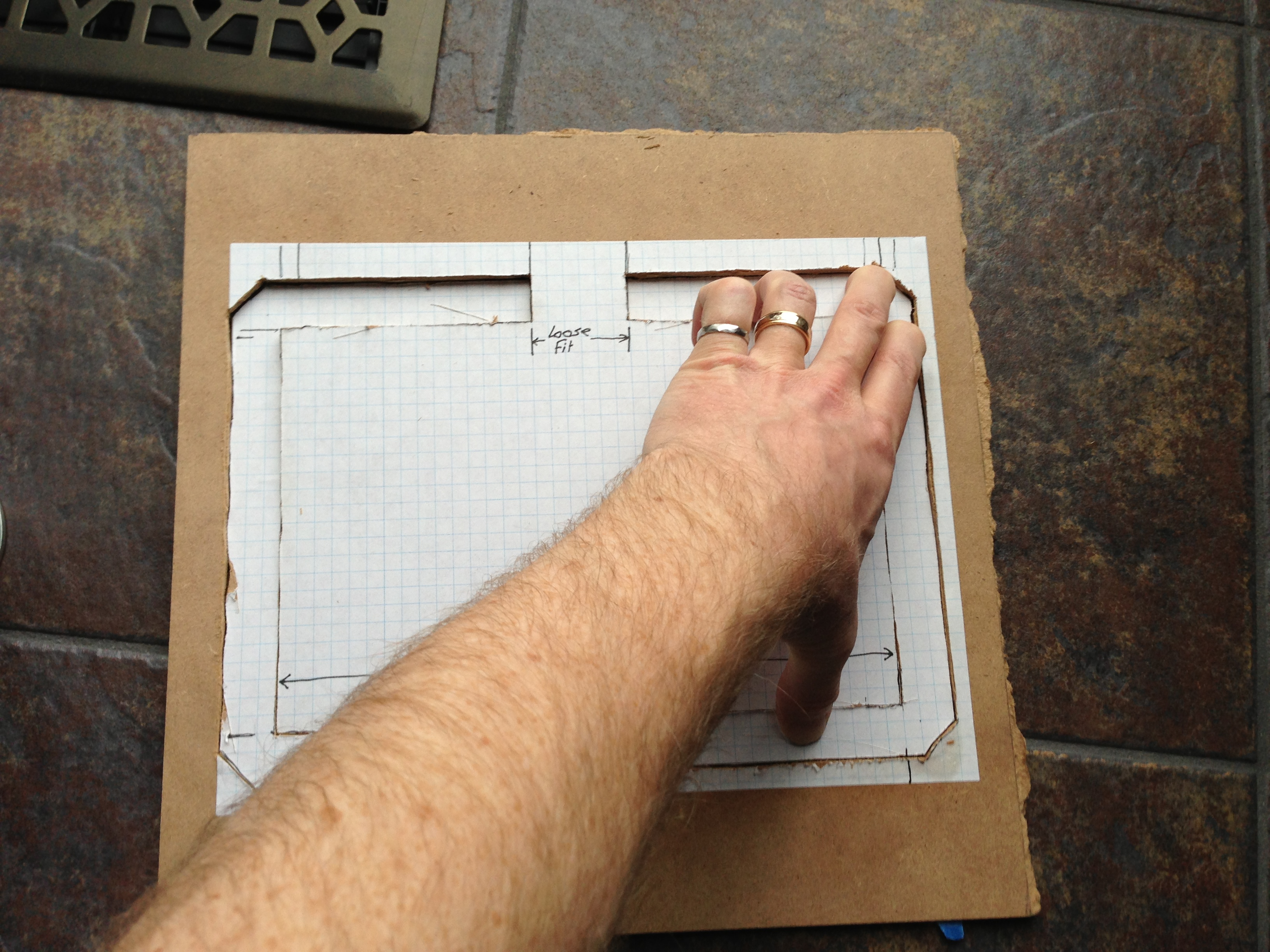 Picture of Press C-frame Firmly Onto Glue in Outline