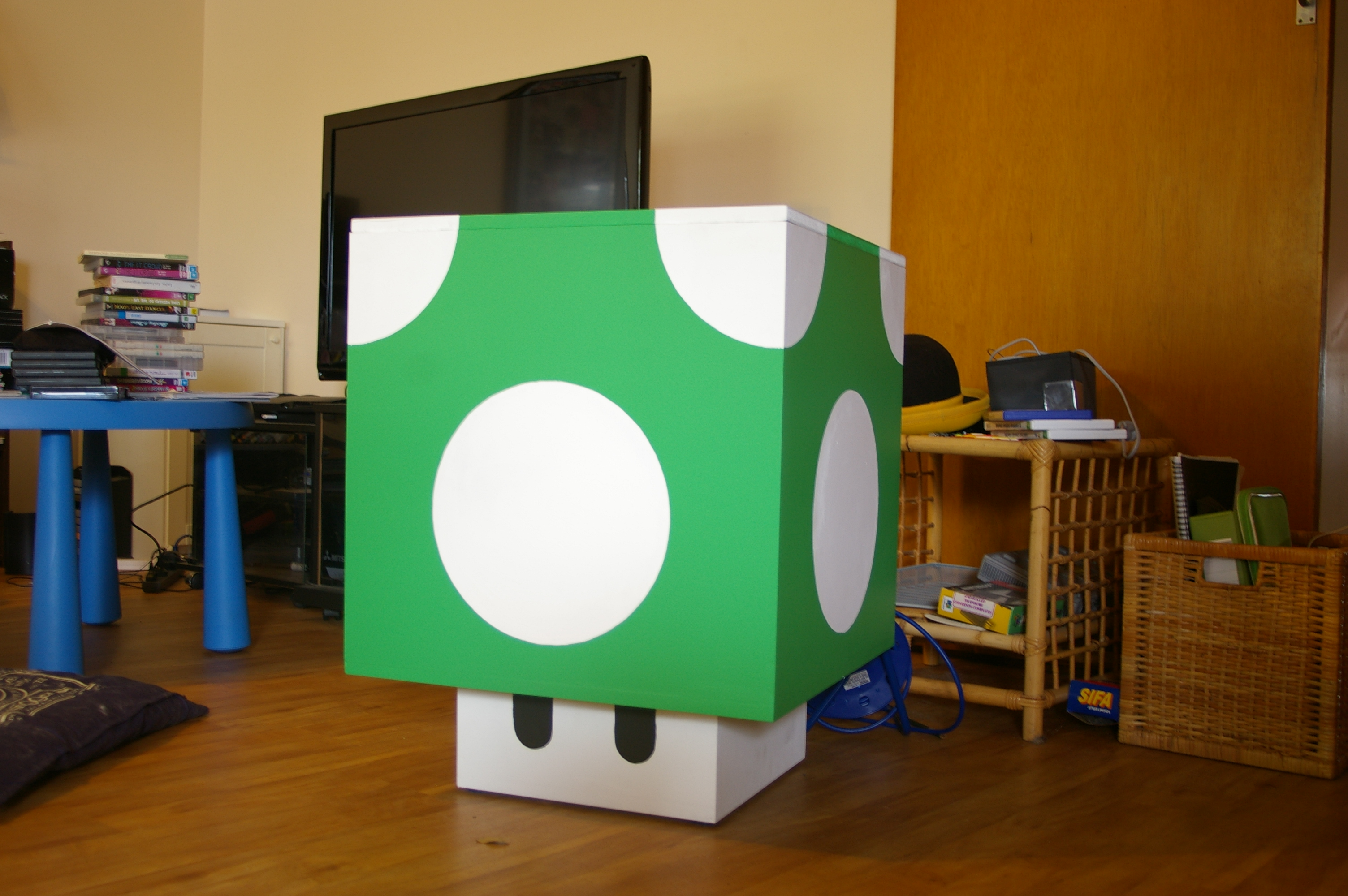 Picture of 1up Mushroom Storage Cube