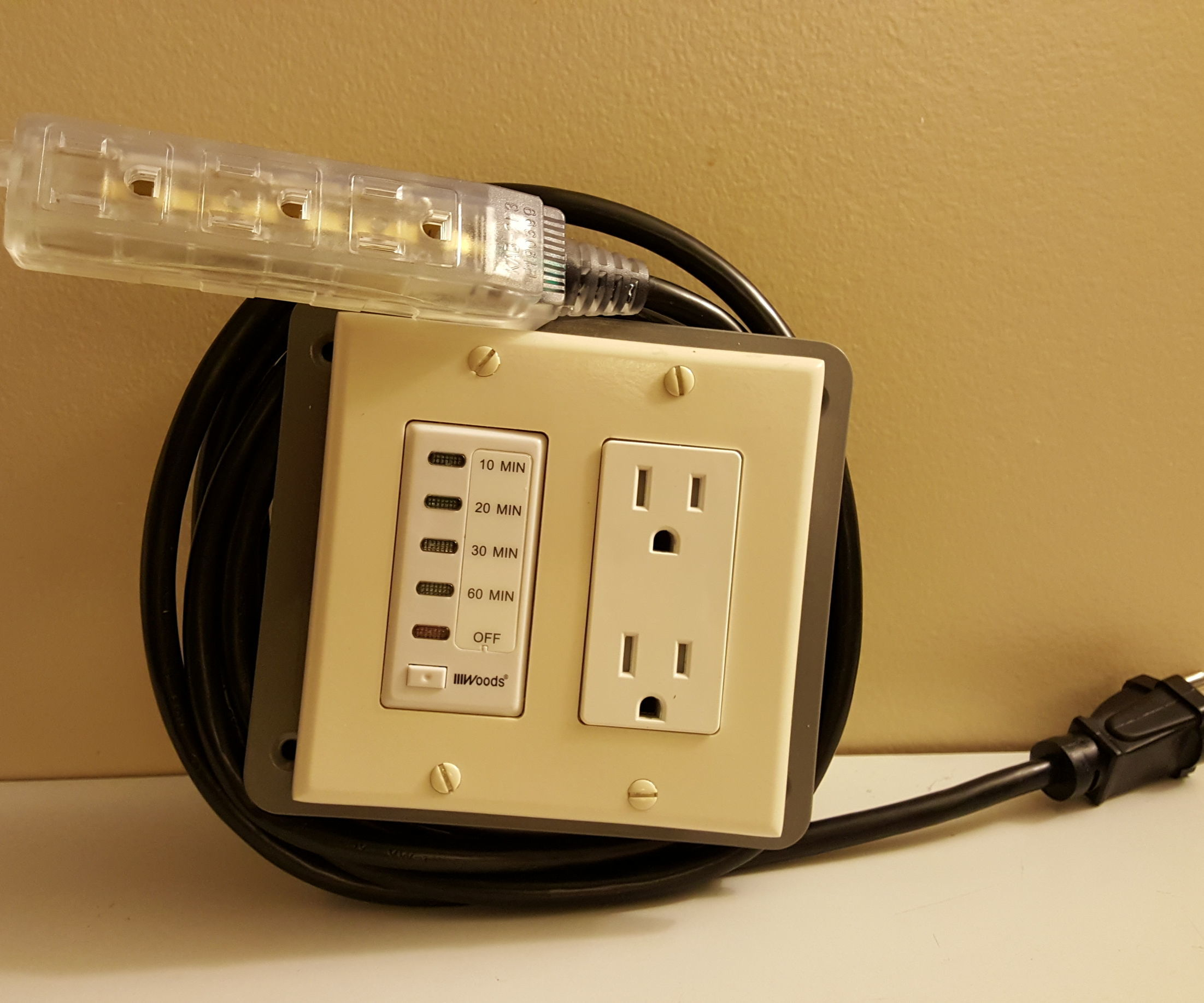 Portable Shut-off Timer Outlet: 3 Steps (with Pictures) on
