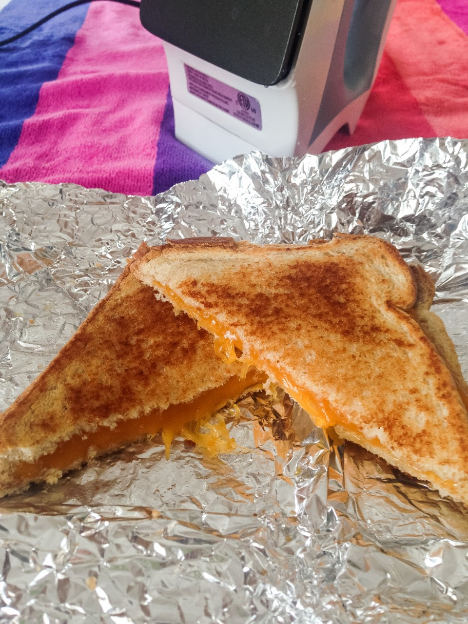 Picture of How to Make a Grilled Cheese Sandwich With an Iron