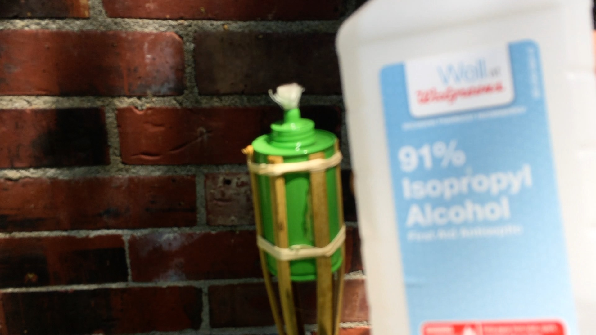 Picture of Use Isopropyl Alcohol As Your Fuel