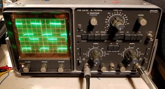 Complex-valued (quadrature) Signal Generator