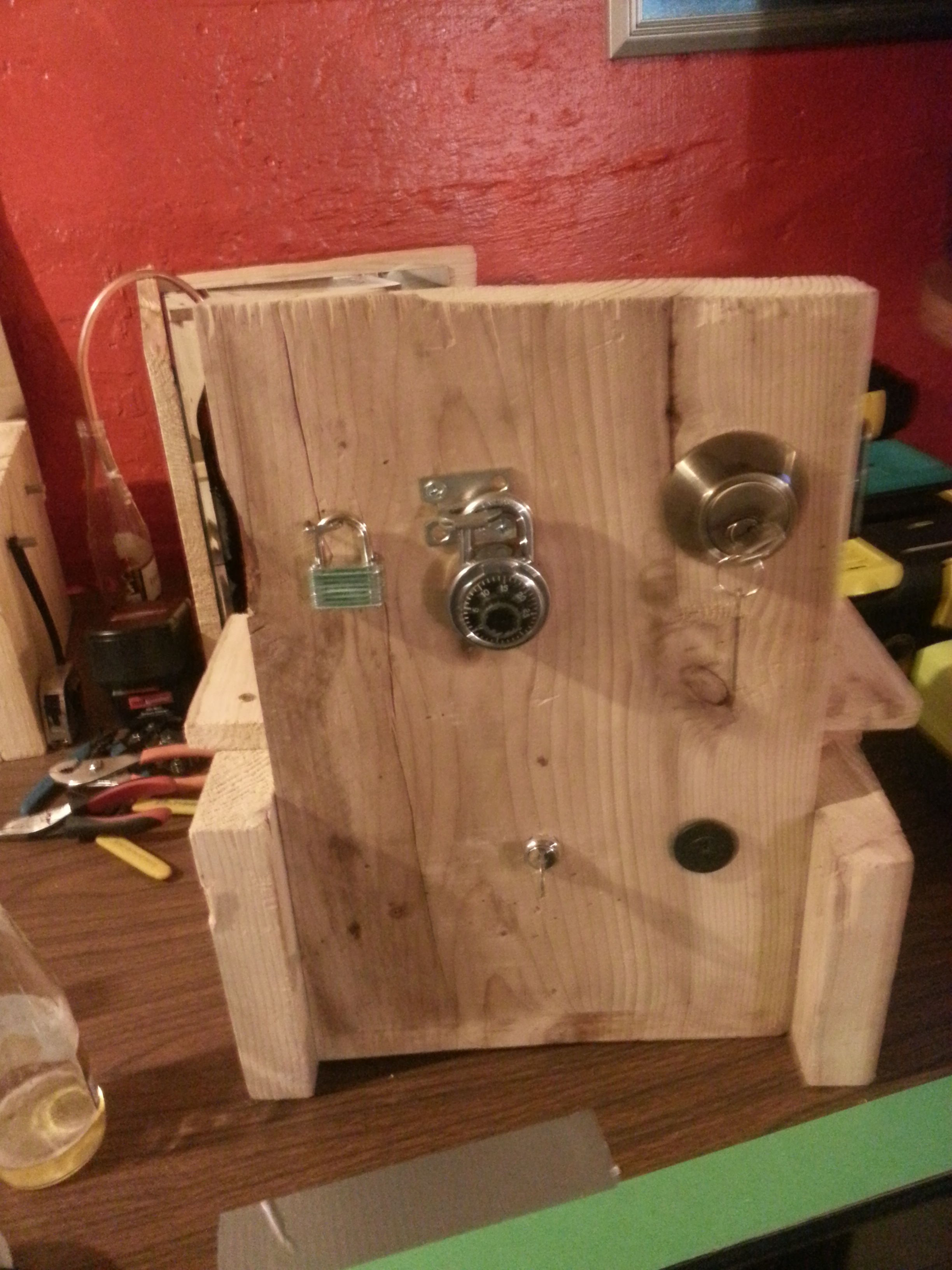 Picture of Lock Picking Stand