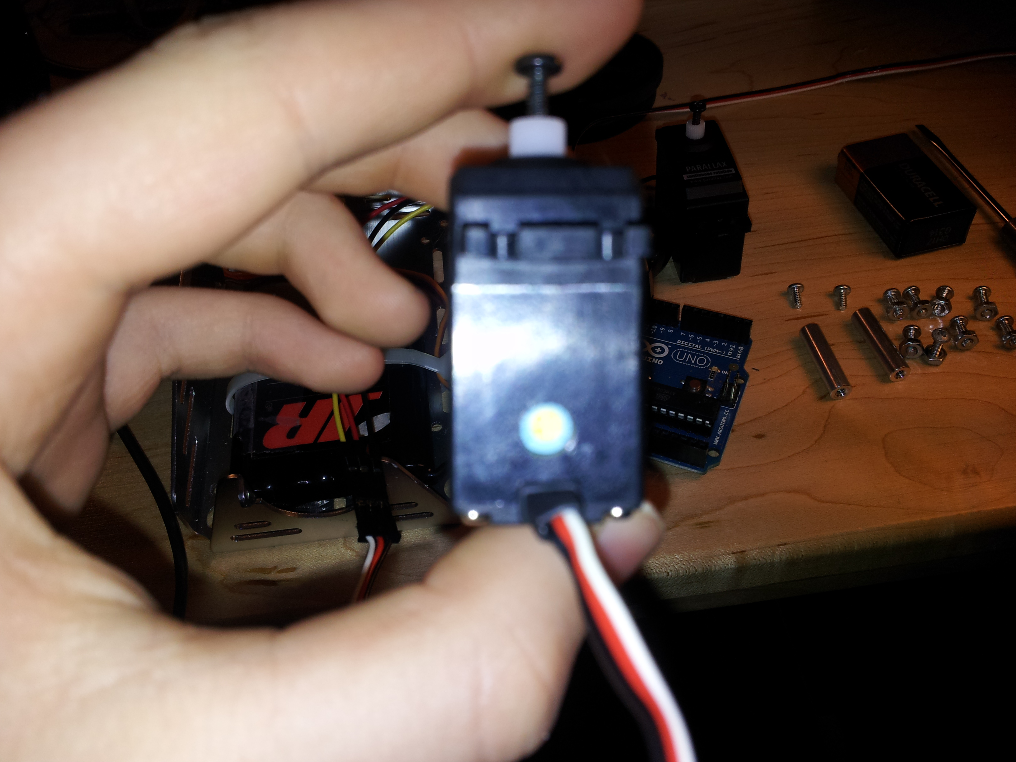 Picture of Centering Servos