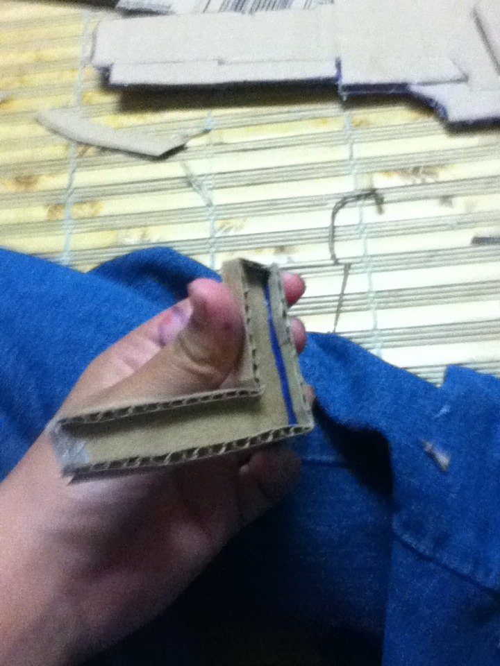 Picture of Glueing It