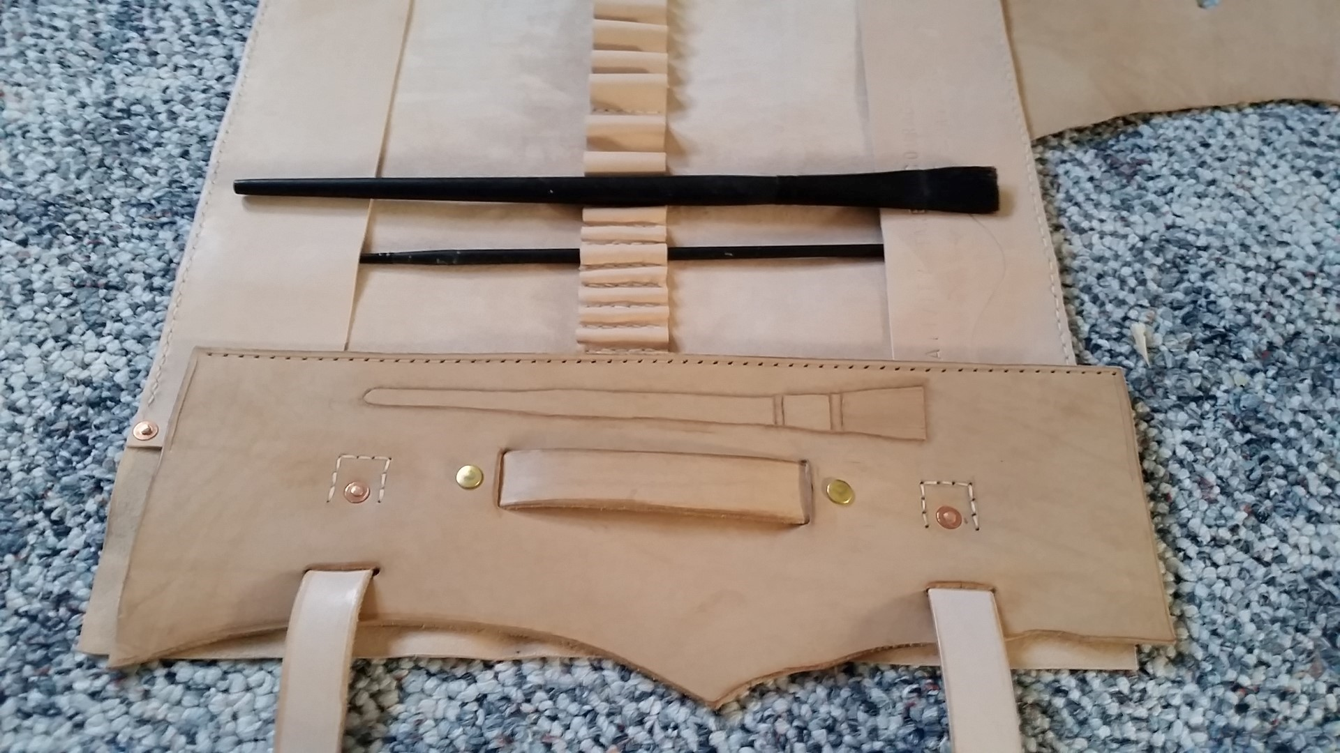 Picture of Overflap, Closing Flaps, Handle and Tooling