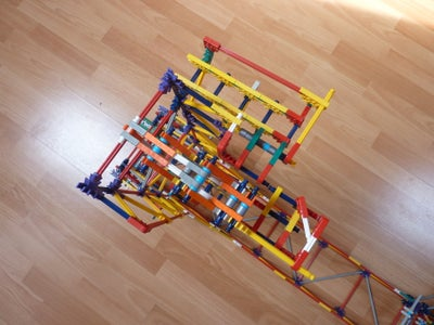 Falling Arm Lift, a Knex Ball Machine Lift