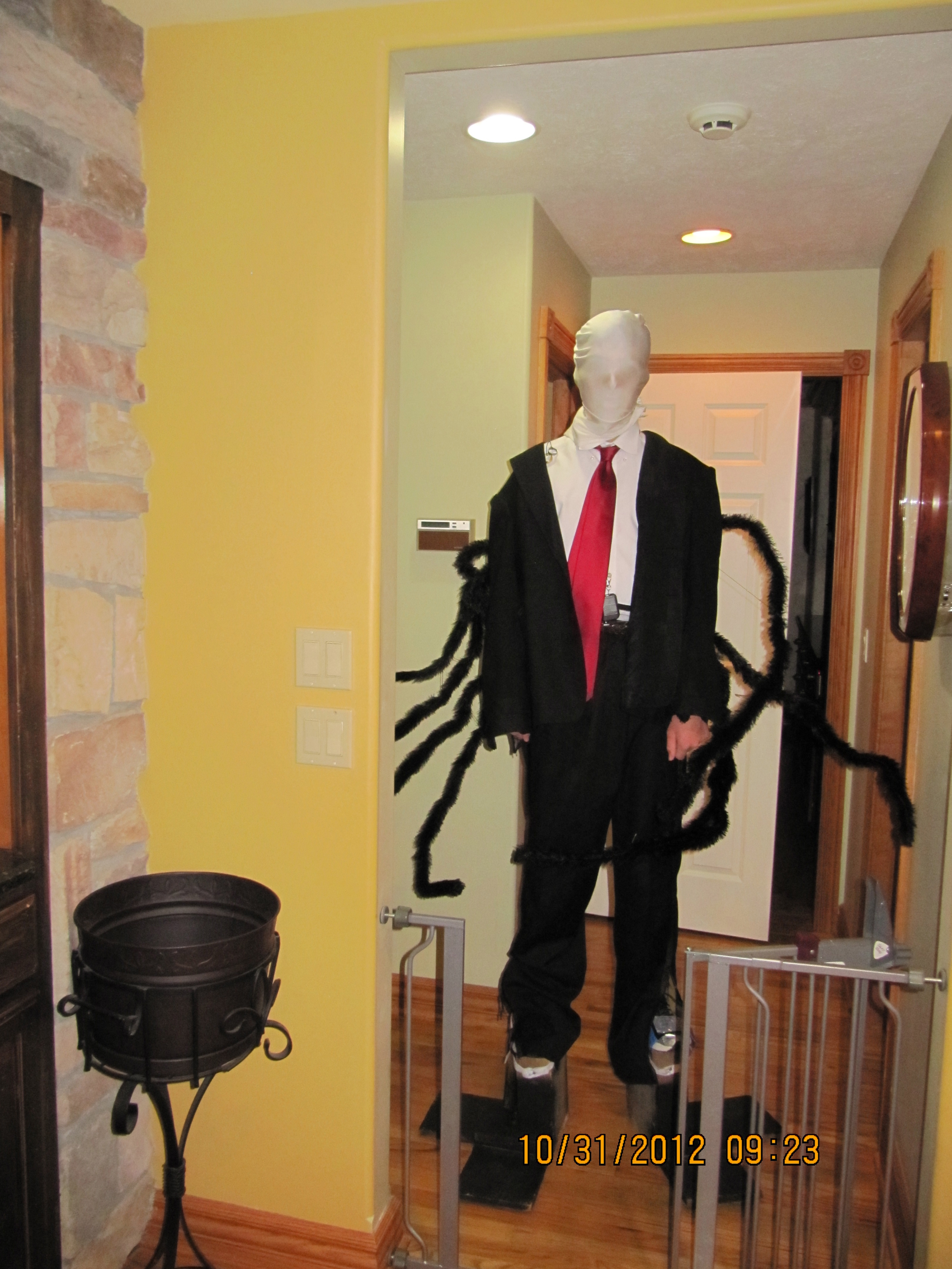 Picture of Slender Man Costume