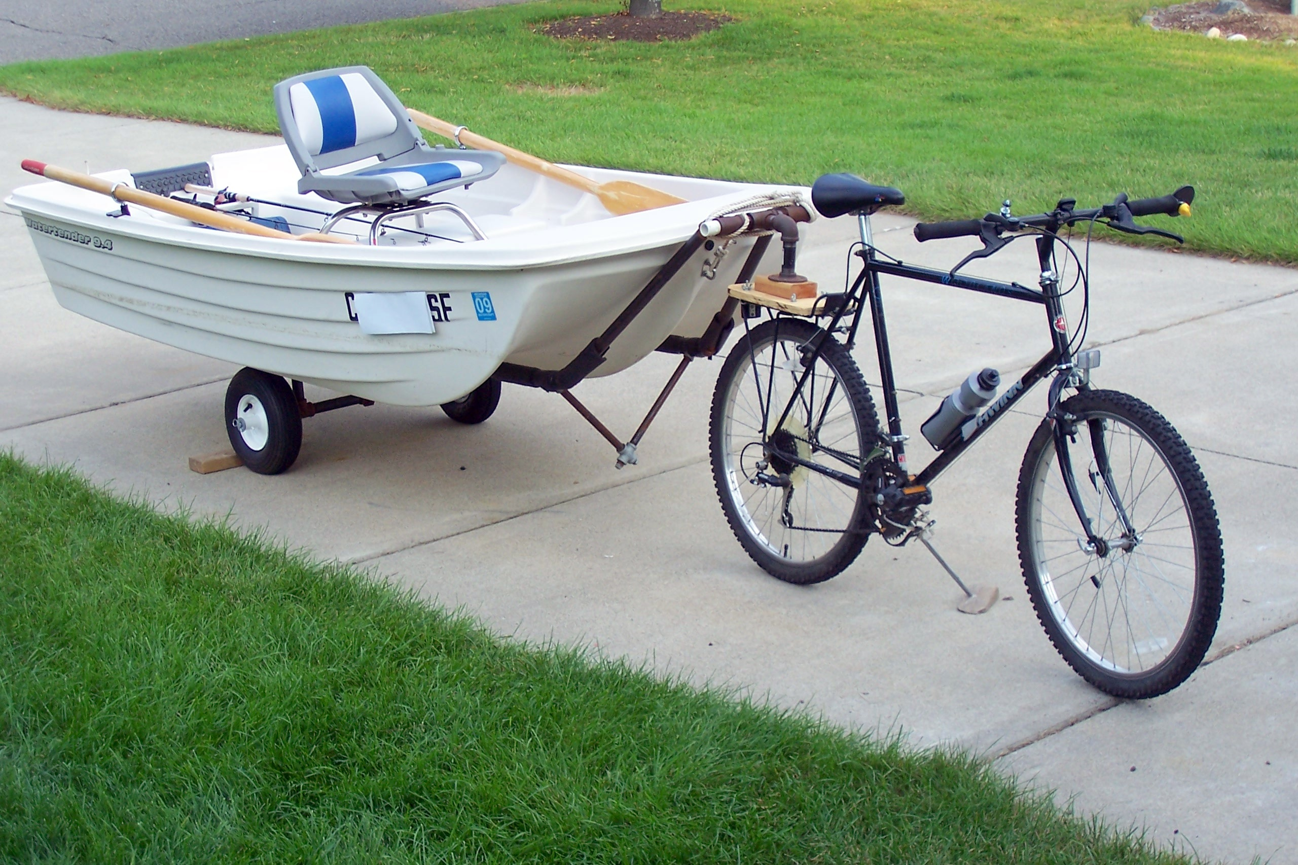 Picture of Tow a Boat With a Bike