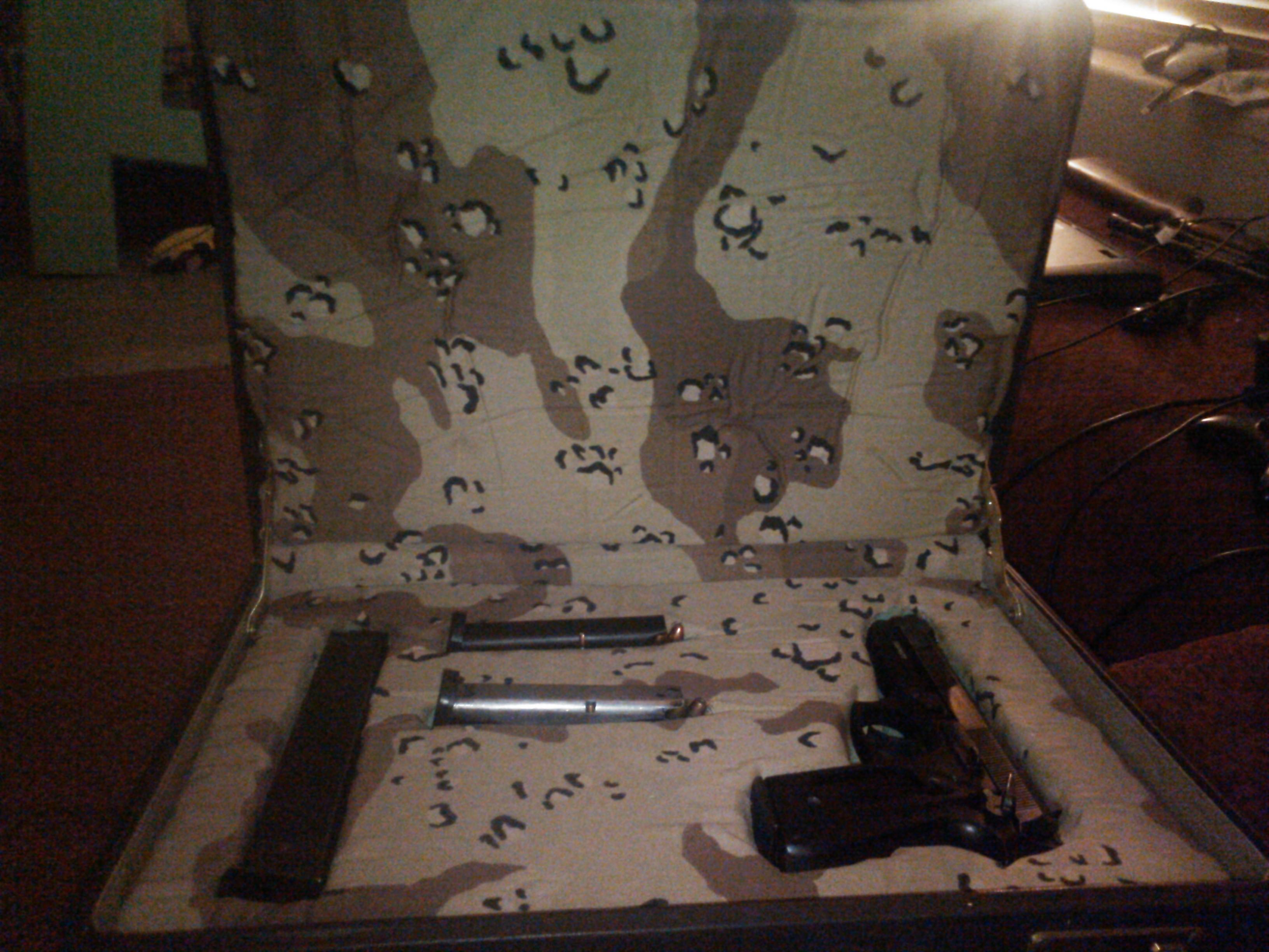 Picture of Briefcase Into Gun Case