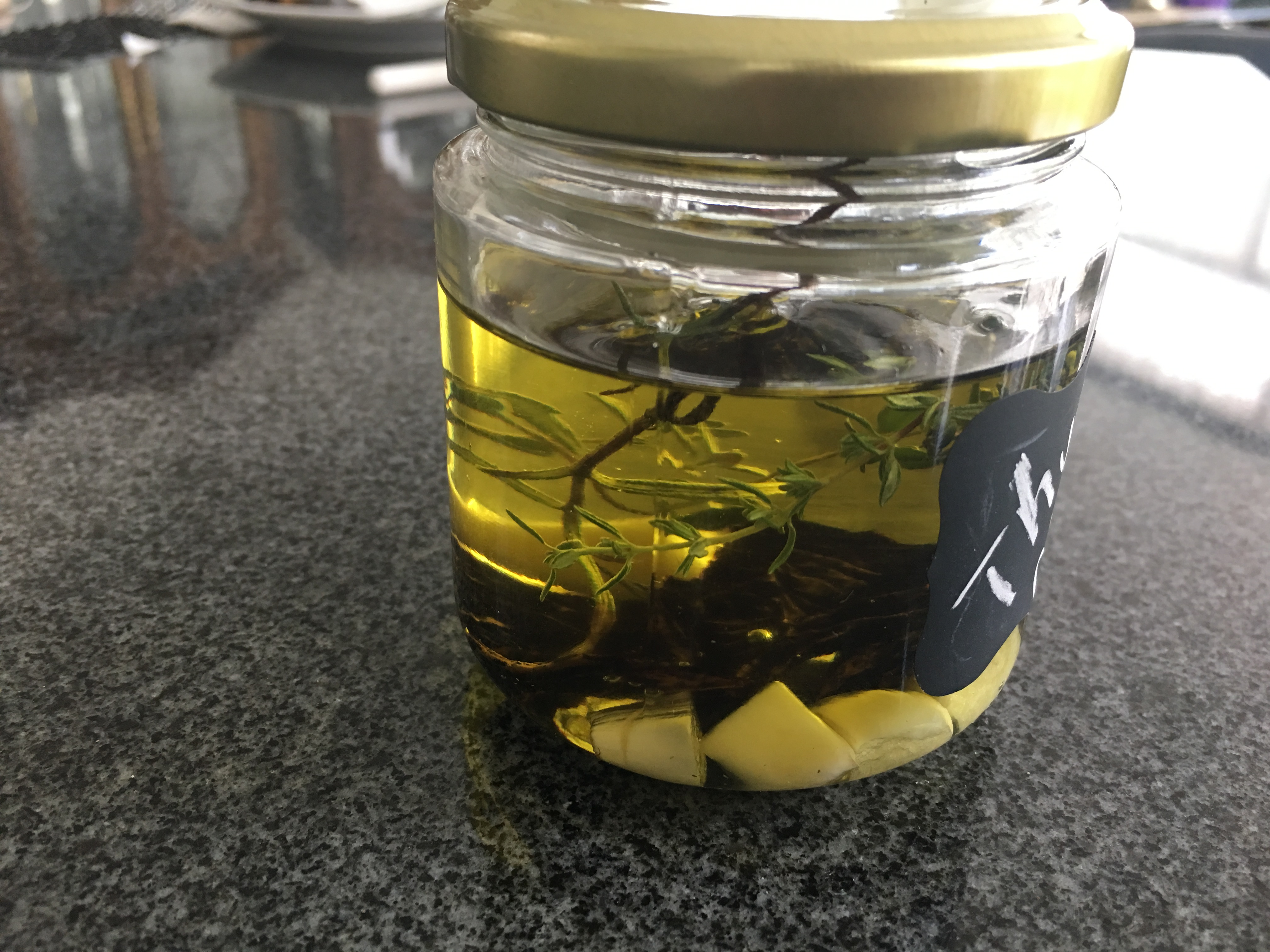 Picture of Thyme and Chile Infused Olive Oil