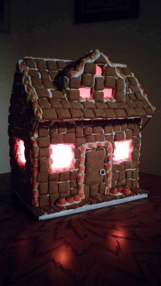 Picture of Halloween Gingerbread House With Lights